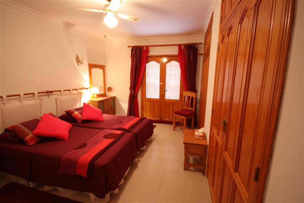 5 bed villa in Benissa