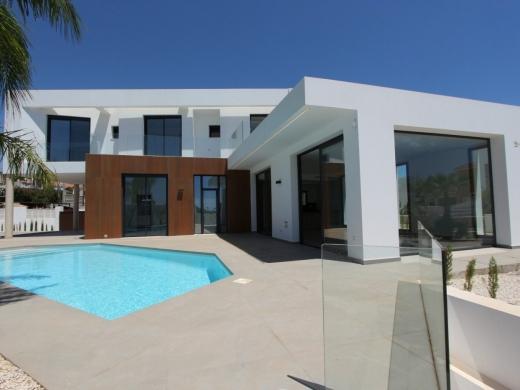 4 bed villas in Calpe