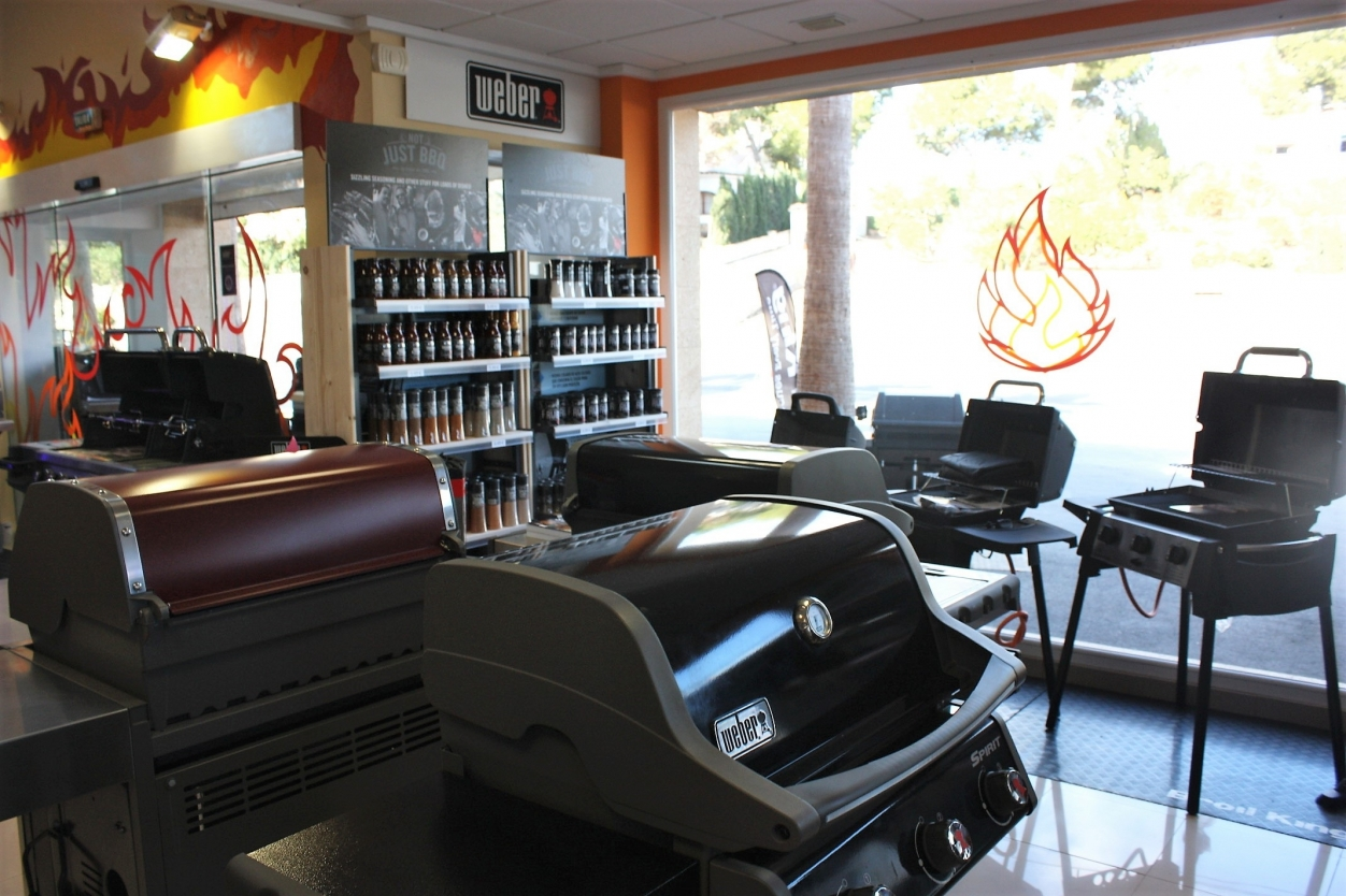 The Barbecue Shop Calpe Bbq S Gas Amp Traditional