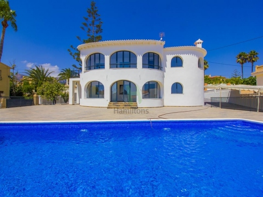 6 bed villa in Calpe