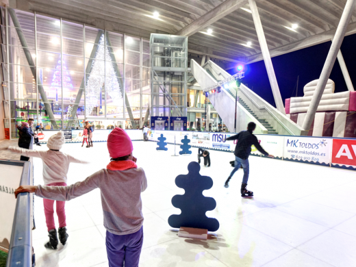 Family Activities at Christmas: Ice Skating & Bouncy Castle at Denia Port