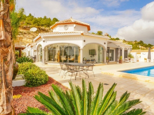5 bed casa / chalet in Calpe / Calp
