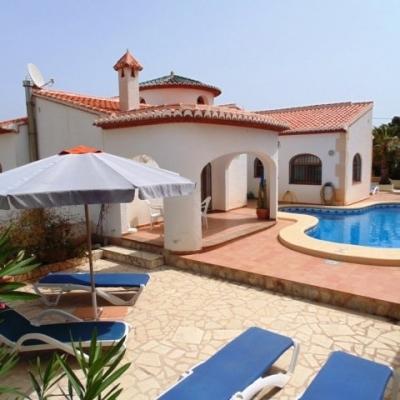 6 bed villas & fincas in Moraira