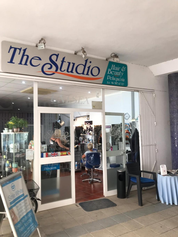The Studio, Hair and Beauty Salon - Peluqueria