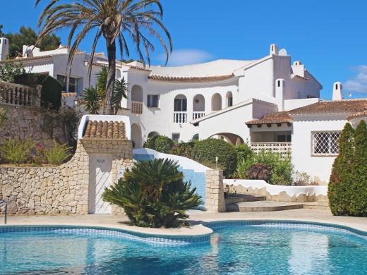 2 bed  linked villa in Moraira