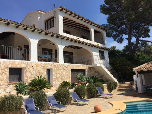 5 bed villas / chalets in Moraira