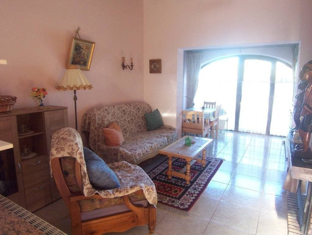 2 bed bungalow in Moraira