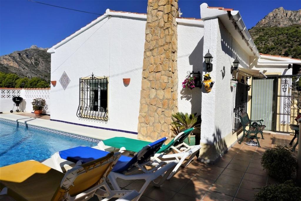 4 bed casa / chalet in Calpe / Calp