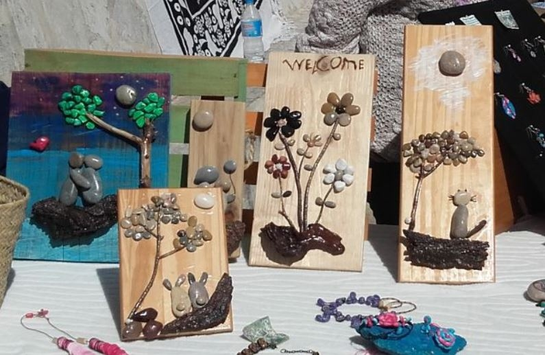 Markets in Javea: Arts & Craft Market