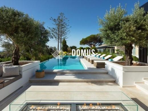 5 bed villa in Marbella