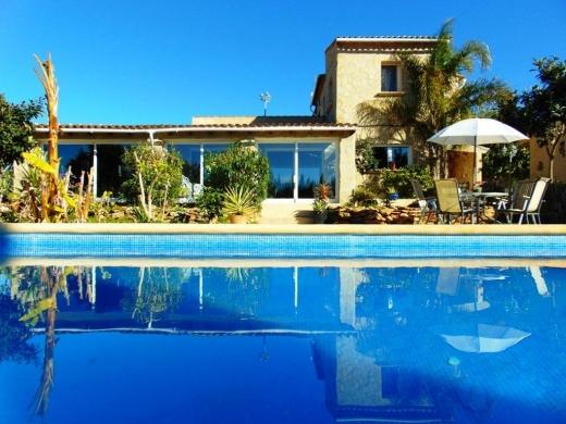 4 bed villas in Denia