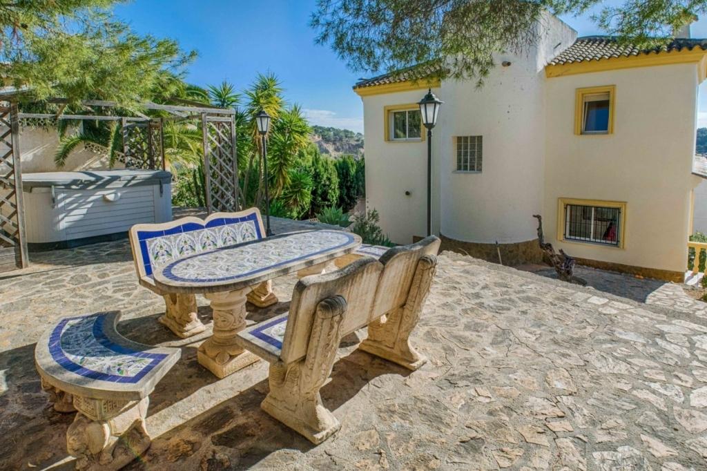 3 bed villa in Altea