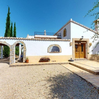 2 bed finca / country house in Jalon