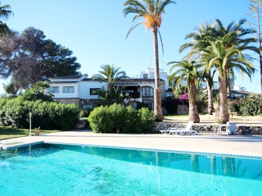 9 bed villas / chalets in Javea