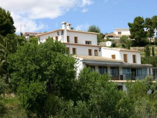 8 bed commercial in Calpe