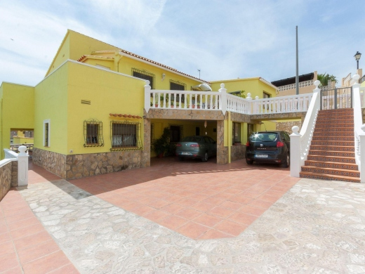 6 bed villa in Jalon