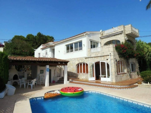 5 bed casa / chalet in Moraira