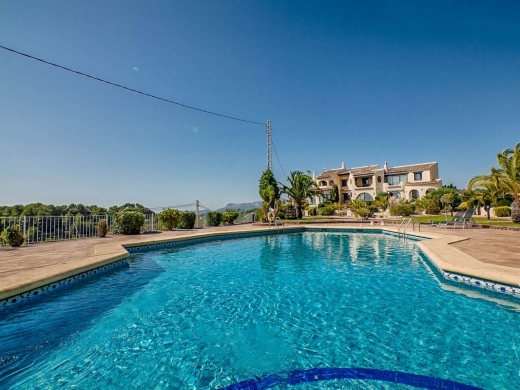 2 bed town house in Moraira