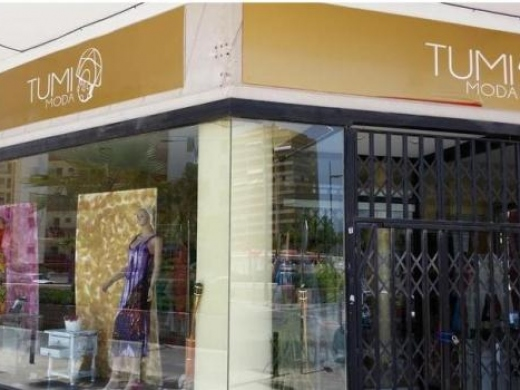 Tumi - clothing & fashion