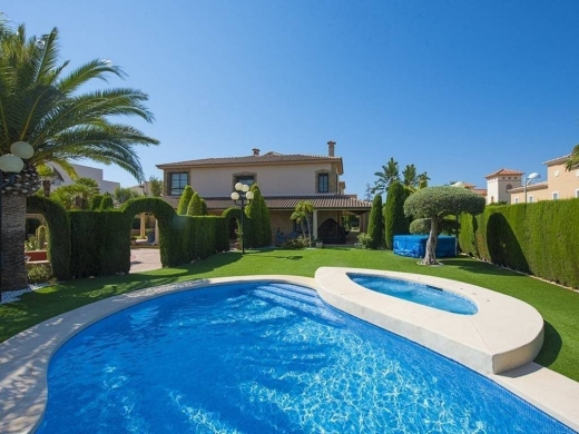 8 bed villa de lujo in Calpe / Calp