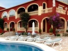 8 bed villa in Denia