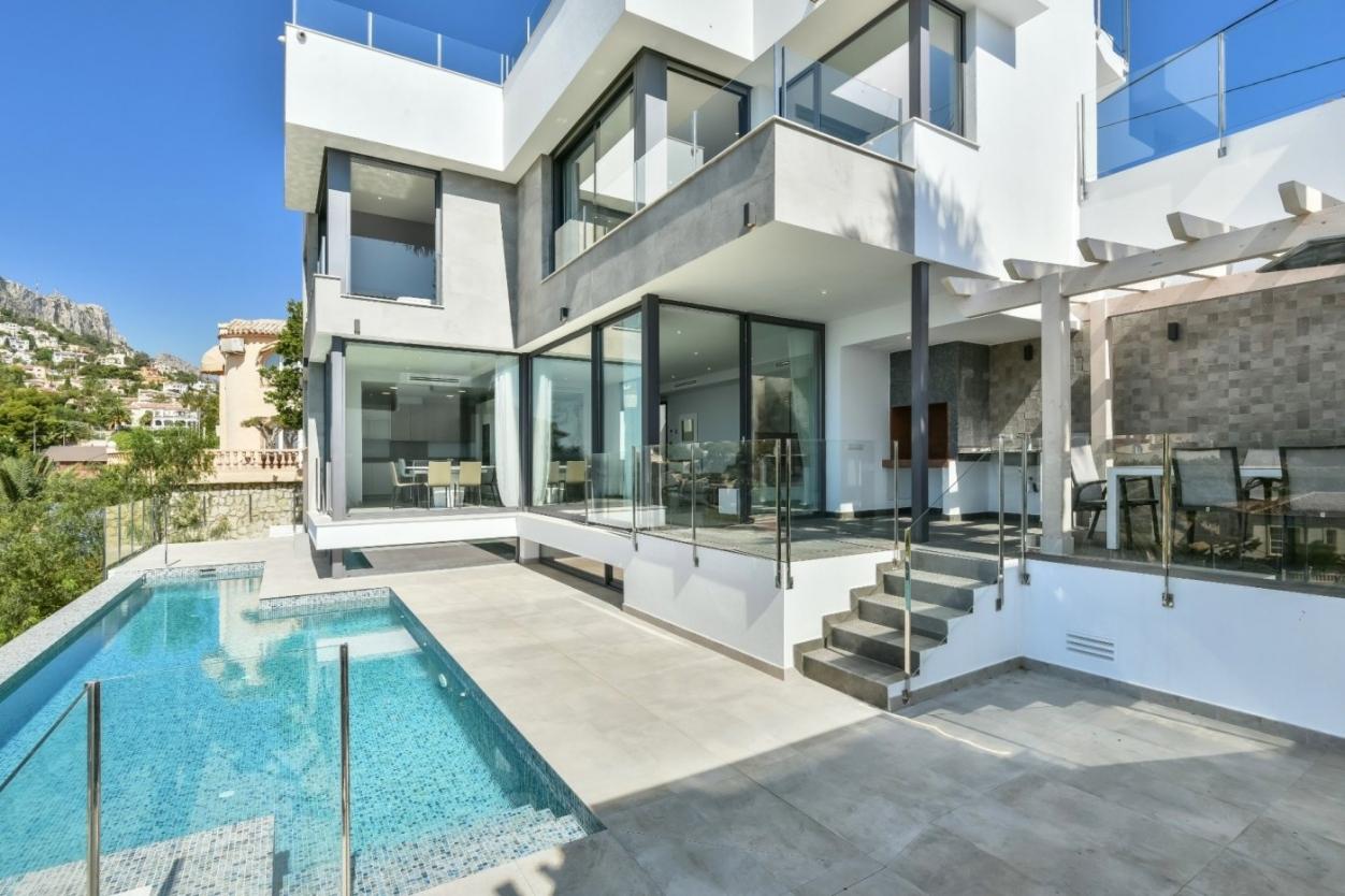4 bed villa in Calpe