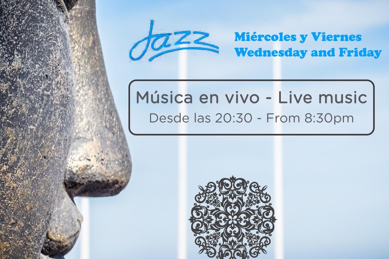 Live Music at Mandala Beach Bar in La Fustera