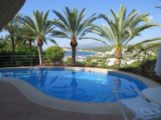 5 bed villas in Moraira