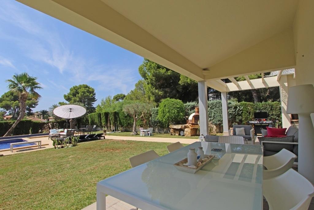 5 bed villas in Moraira