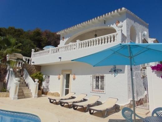 5 bed villas in Benissa