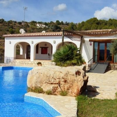 2 bed villas & fincas in Benissa