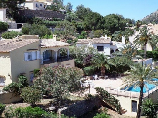 4 bed villa in Denia