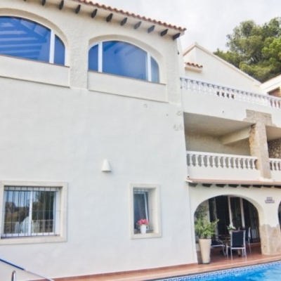 6 bed villas in Moraira