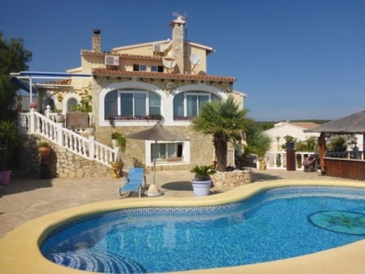 4 bed villa in Benitachell