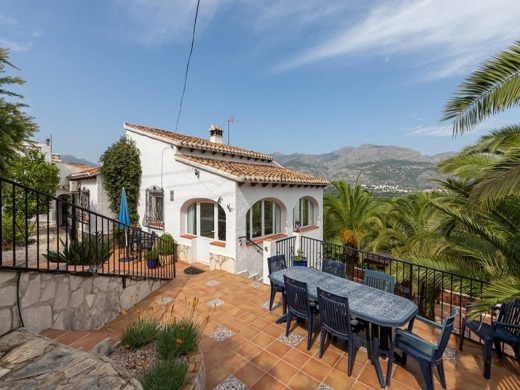 3 bed villas in Orba
