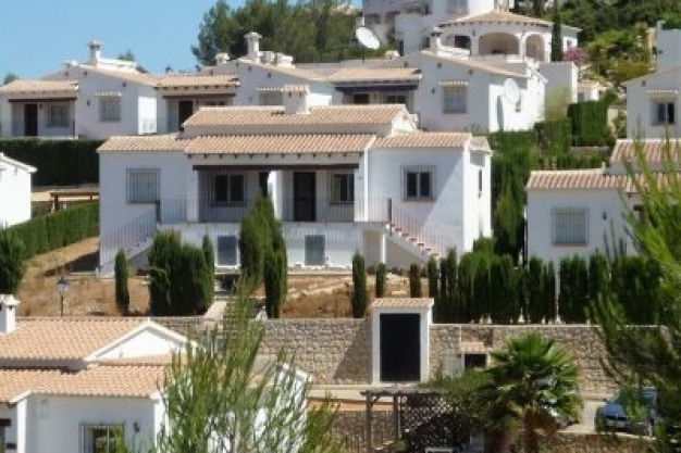 2 bed bungalow in Orba Valley