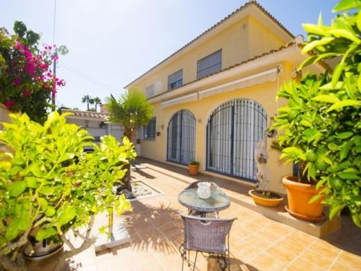 3 bed villa in Albir