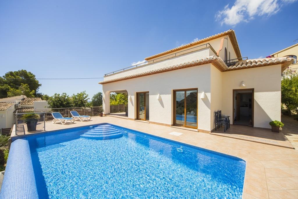 4 bed villas / chalets in Moraira