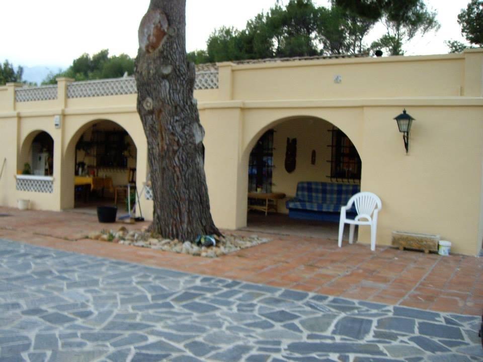 5 bed villas / chalets in Benissa