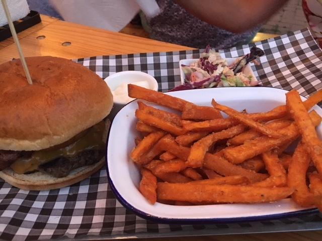 Bang Bang Burger Javea - American Style Dining
