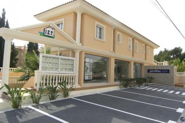 Jet Villas Real Estate Rentals Amp Construction Estate