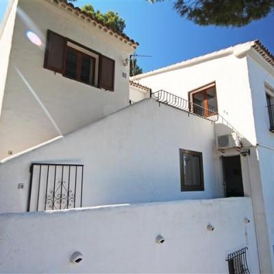 5 bed  linked villa in Moraira