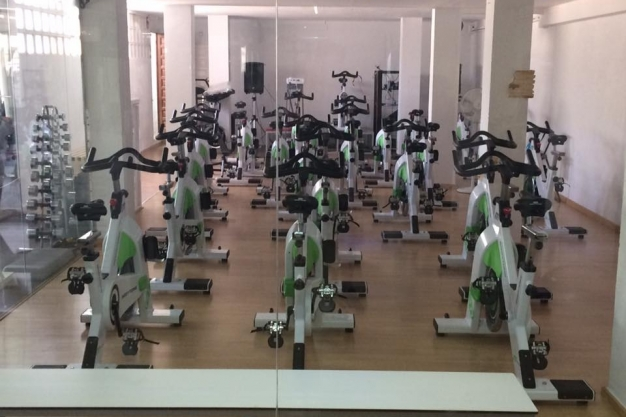 Gym sparta gyms fitness centres in calpe spain for Gimnasio sparta