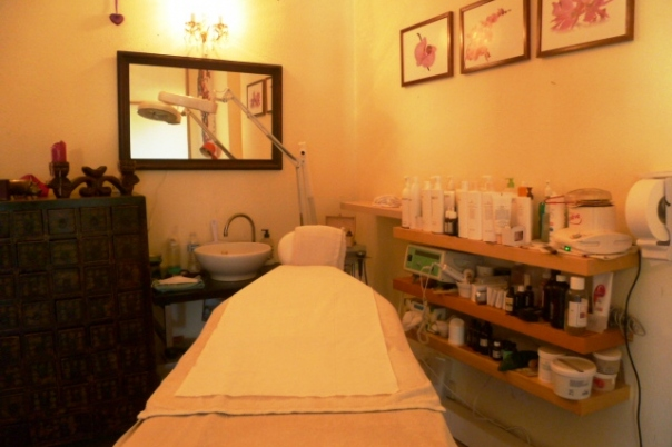 Refresh - Health & Beauty Salon