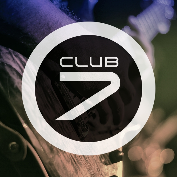 Live Music & Dancing: Sharni at Club 7, Calpe
