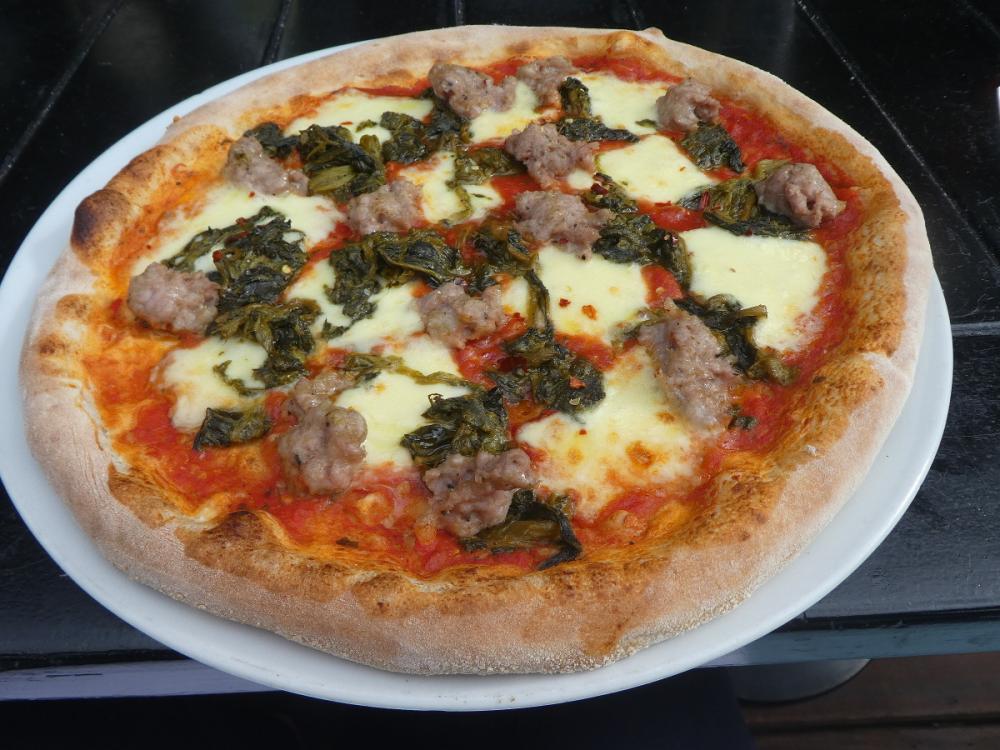 Napolentana pizza