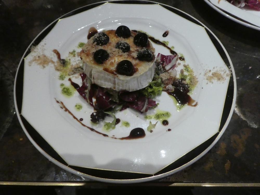 Grilled Goat's cheese