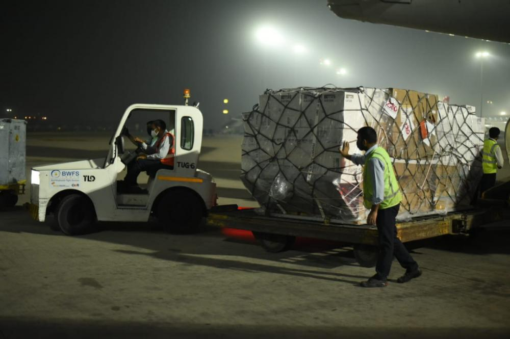 first shipment of urgent UK medical equipment arrives in India
