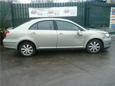 Toyota Avensis T2