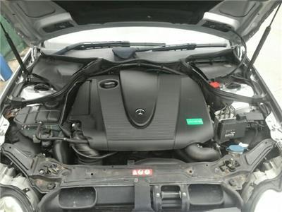 2005 Mercedes-Benz CLK Class 2 Door Coupe